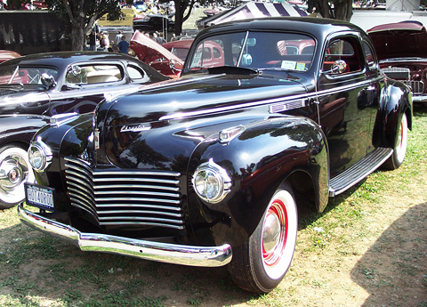 chrysler-06-new-yorker-coupe